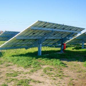 Φωτογραφία από την κατασκευή φωτοβολταϊκού πάρκου ισχύος 100kWp το οποίο βρίσκεται στην περιοχή Σορωνής Ρόδου