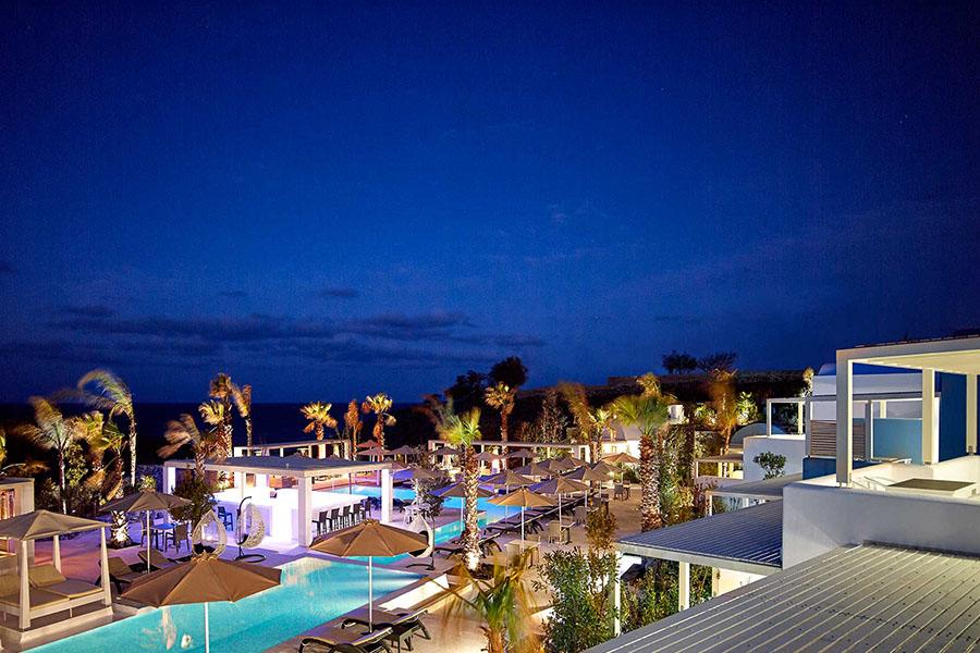 aurora-santorini-luxury-hotel
